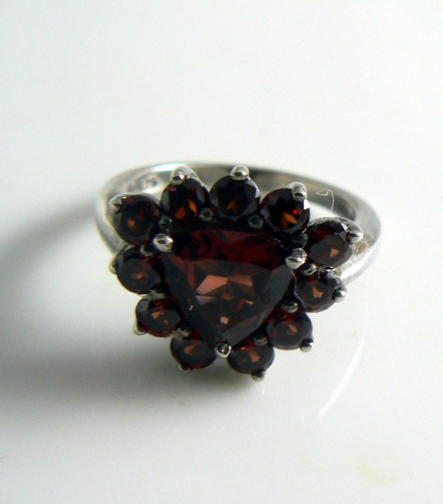 Vintage Sterling Silver Garnet Ring - Vintage Lane Jewelry