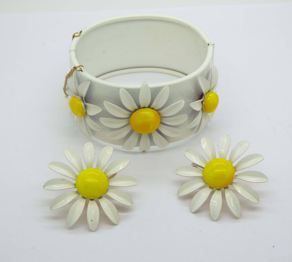 White Enamel Daisy Cuff Bracelet and Clip Earrings - Vintage Lane Jewelry