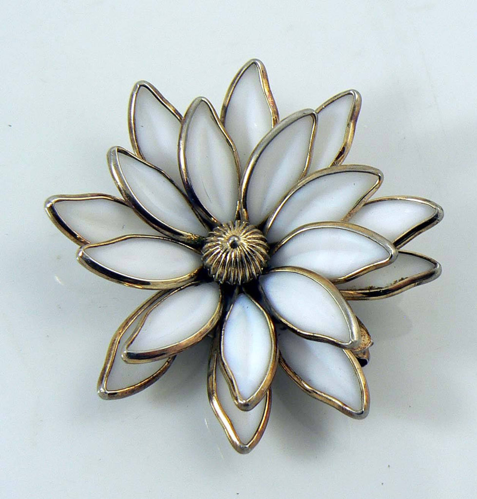 Vintage Crown Trifari White Poured Glass Flower Brooch - Vintage Lane Jewelry