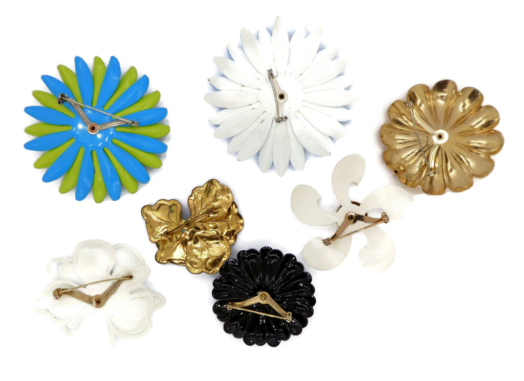 Blue Daisies Enamel Flower Lot, 7 pins, Flower Brooches - Vintage Lane Jewelry