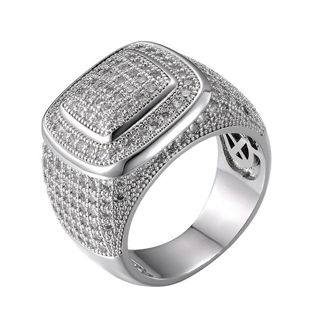SQUARE SHAPE PAVED DIAMOND RING - WHITE GOLD