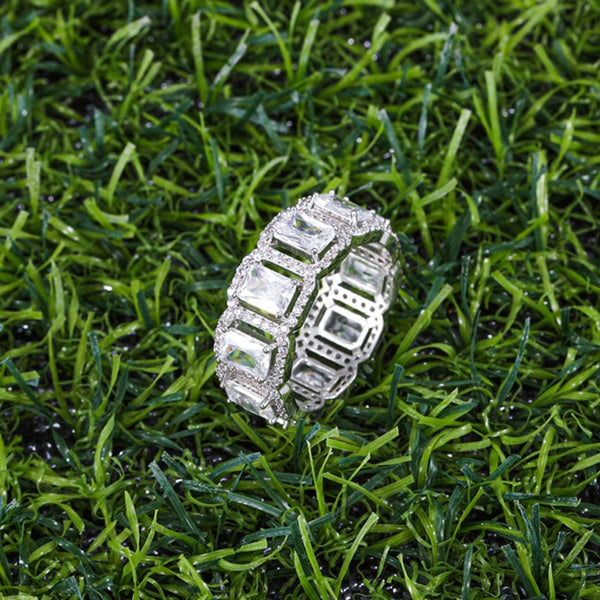 Ice Row Ring - White Gold