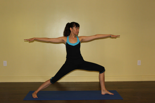 Yoga Poses For Fall: guerrier II - Virabhadrasana II