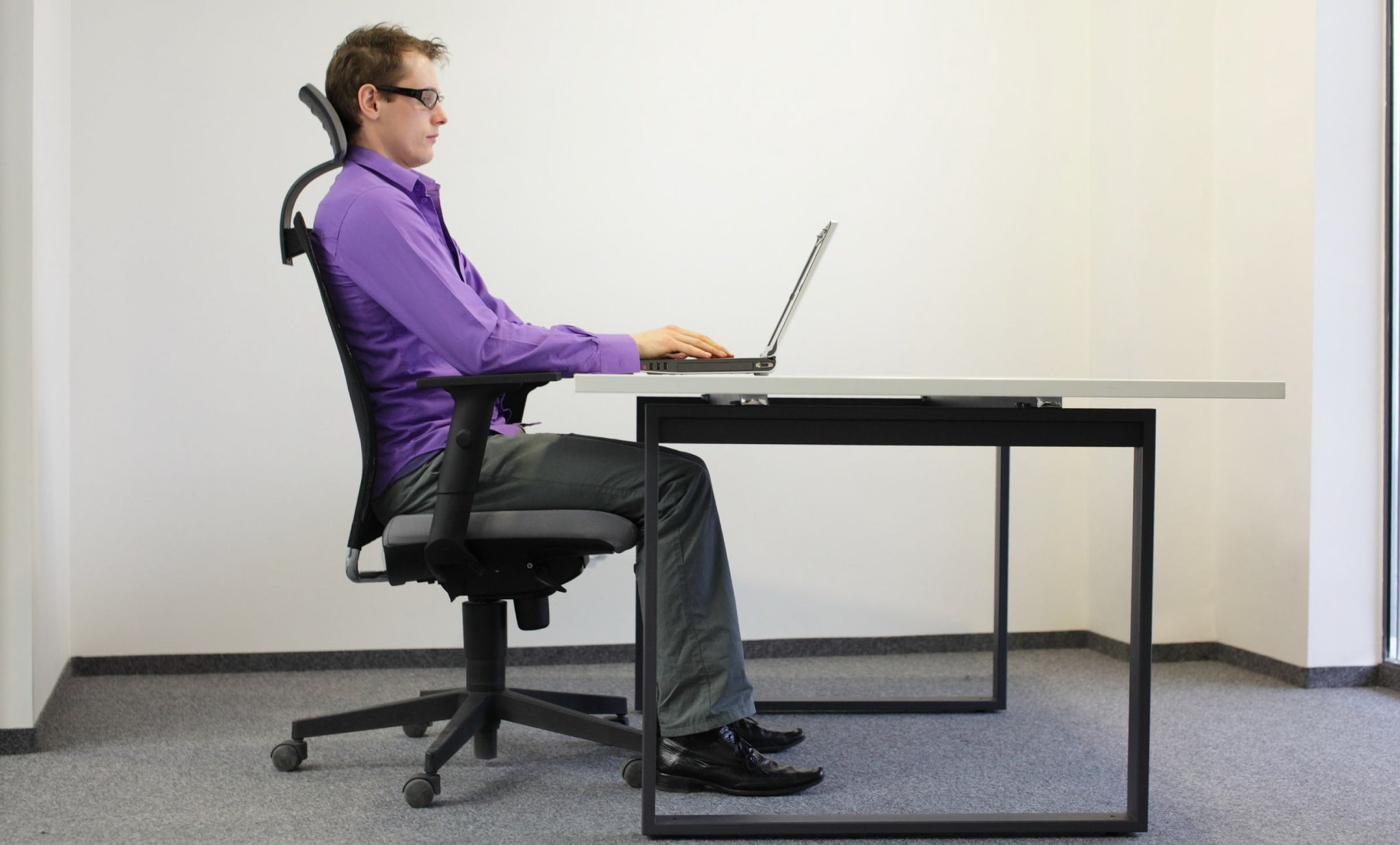 Good posture at the workspace