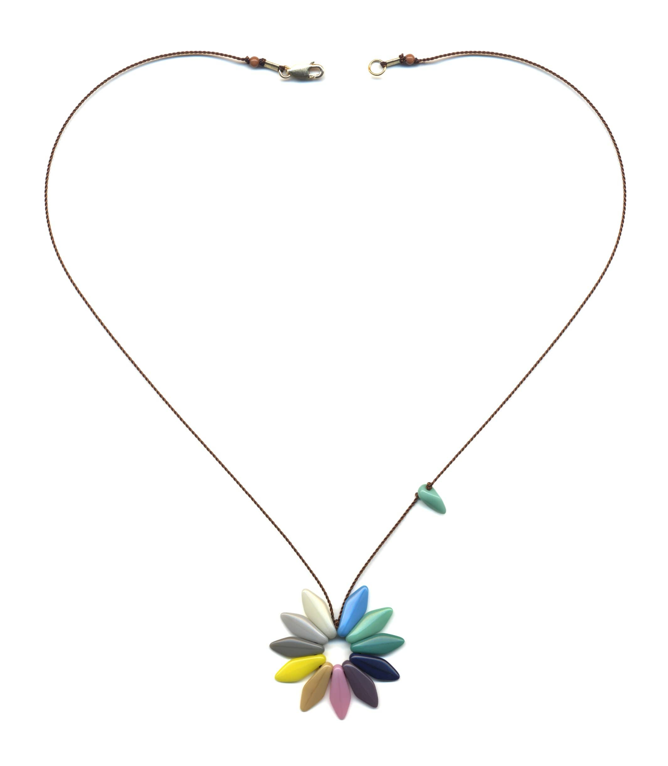 N1884 Pastel Flower Necklace