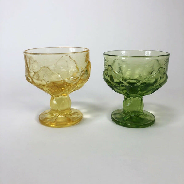 Lot of 2 vintage Mid-century yellow and green sorbet glasses