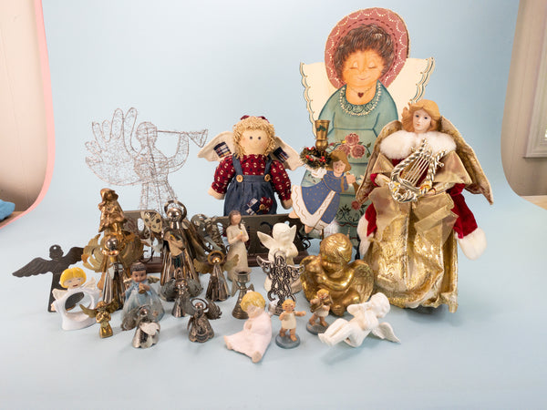 25 PIECE - Vintage And Modern Angels Wholesale Collector Box
