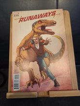 Afbeelding in Gallery-weergave laden, Runaways #1 Vol 5 (2017)  (Ron Lim Variant)