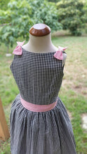 Load image into Gallery viewer, Gingham and Pink Girls Dress / Lola Dress / /000125 /Pink Tulle Petticoat /Vintage inspired Dress / Bow Dress / Sale size 6