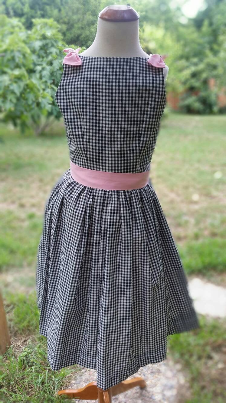 Gingham and Pink Girls Dress / Lola Dress / /000125 /Pink Tulle Petticoat /Vintage inspired Dress / Bow Dress / Sale size 6
