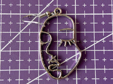 Load image into Gallery viewer, Face Earrings: Beautiful Faces, Wire Faces, Minimalist Oulines