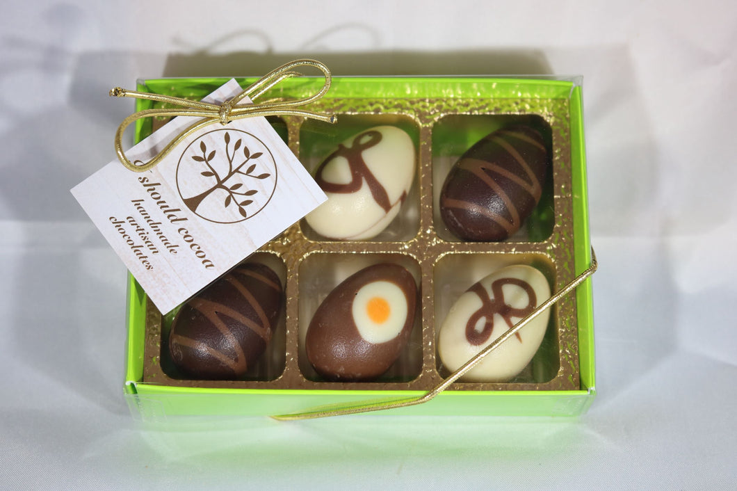 Praline mini egg gift box