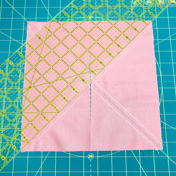 cutting 8 at a time half square triangles, quilt tutorial, learn to quilt, how do you make half square triangles in quilting, jittery wings.