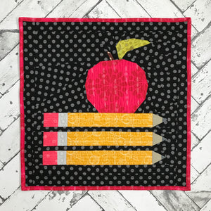 back to school mini quilt pattern