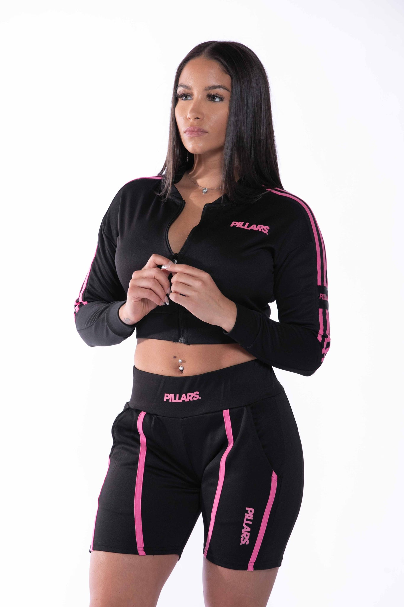 TRACK SHORT (WOMENS) | BLACK/PINK