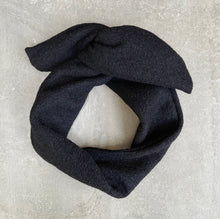 Afbeelding in Gallery-weergave laden, WOOL BLACK