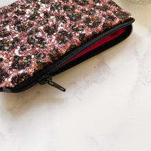 Load image into Gallery viewer, Pink leopard coin purse