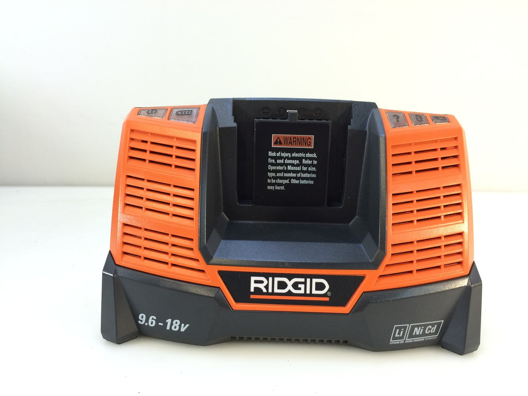 Ridgid R840093 X4 18-Volt Dual Chemistry Charger