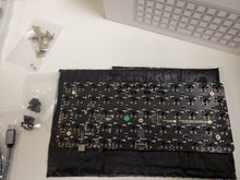 Load image into Gallery viewer, Massdrop X OLKB Preonic Key MDX-24919-40 Board Round 3 Case Silver