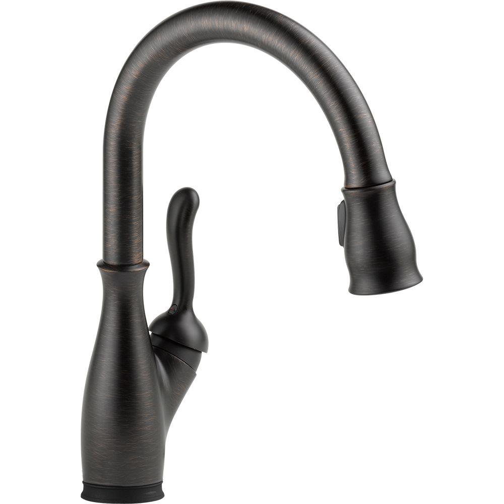 Delta 9178T-RB-DST Leland 1-Handle Pull-Down Sprayer Kitchen Faucet, Bronze