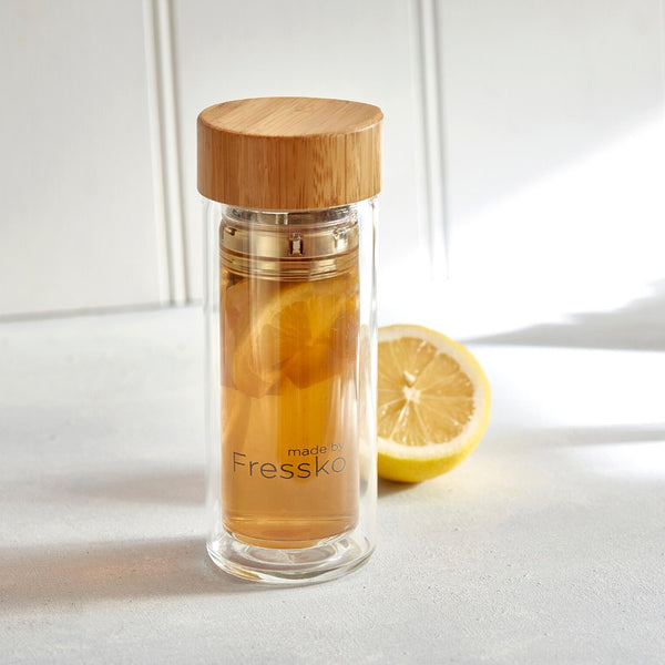 Dark rum hot toddy in Fressko Rise glass flask