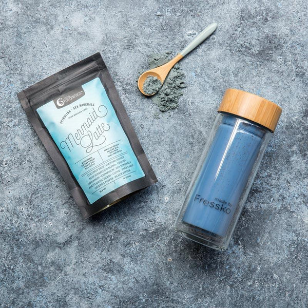 Blue Nutraorganics mermaid Latte in a glass fressko flask