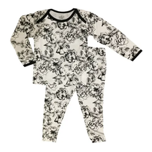 Load image into Gallery viewer, Peregrine Pajama Set - Floral
