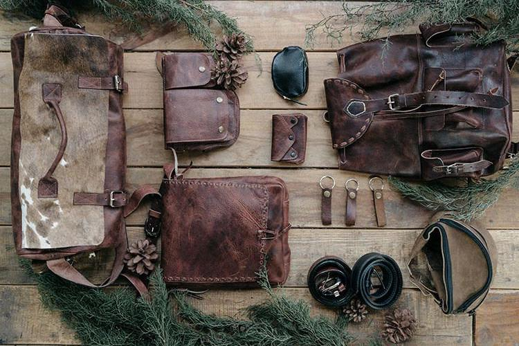 Leather Gift Ideas For Grandma And Grandpa