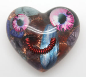 hERe's lOokINg aT yOU!  Funky Oddball 2 inch Orgone Smiling Heart Quartz, Kyanite, Copper, Coils and Fun!