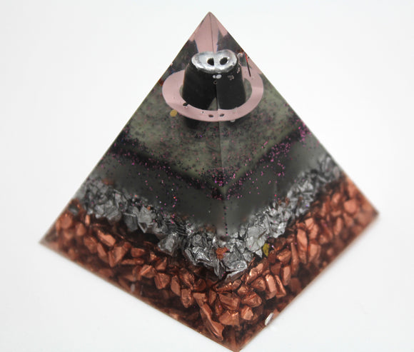 2.25 Inch Metal Packed Pyramid of Orgone Power - Layers of Shredded Copper, Aluminium, Amethyst, UV Glow Powder, Obsidian - Very Strong!