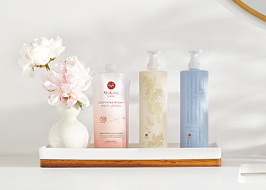 Gentle shampoo and conditioner infused with Japanese Tsubaki Extract