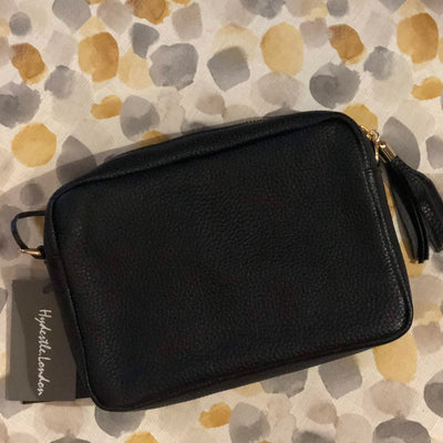 Classic Black Camera Classic Black Kylie Pebbled Leather Crossbody Clutch Bag
