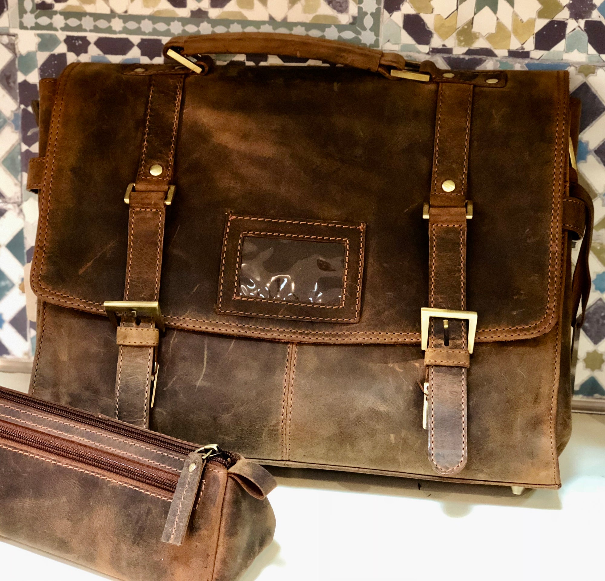 Venator distressed leather vintage laptop satchel  #UM41 Brown