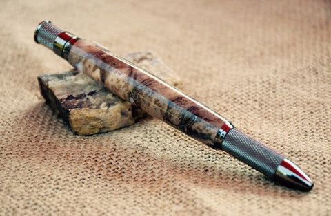 Knurl Pen in Wood and Acrylic Combo Blank