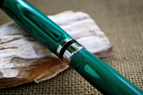 Classic Fountain Pen in Malachite