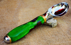 Ice Cream Scoop in Elm and Green Acrylic Hybrid