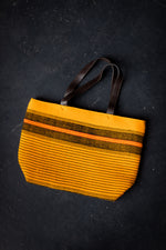 Load image into Gallery viewer, Mustard woven bag