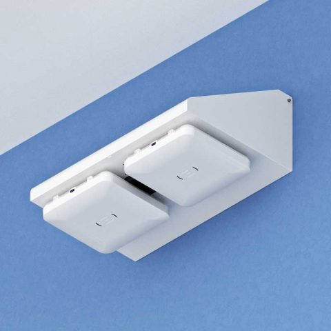 Right-Angle Wall Mount for up to 3 5G Small Cell Access Points