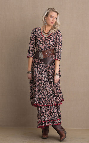 Santa Fe Dress, Long, 3/4 Sleeve, Black, Cream & Red Floral