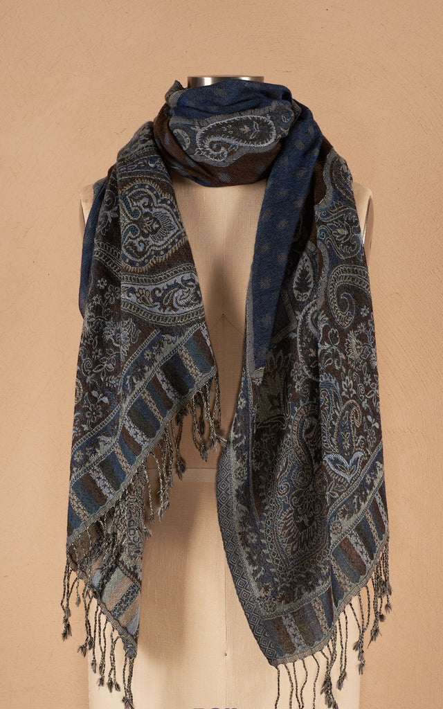 Boiled Wool Shawl, Dot Paisley