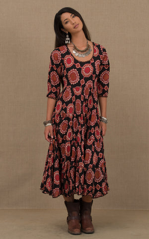 Santa Fe Dress, Long, 3/4 Sleeve, Black Medallion