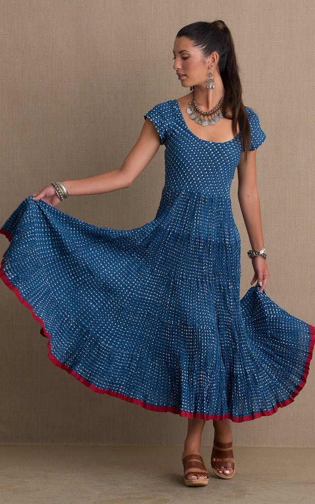 Baila Conmigo Dress, Cap Sleeve, Indigo Dot