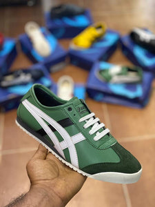 Men's Stylish and Trendy Green Self Design Synthetic Leather Casual Sneakers