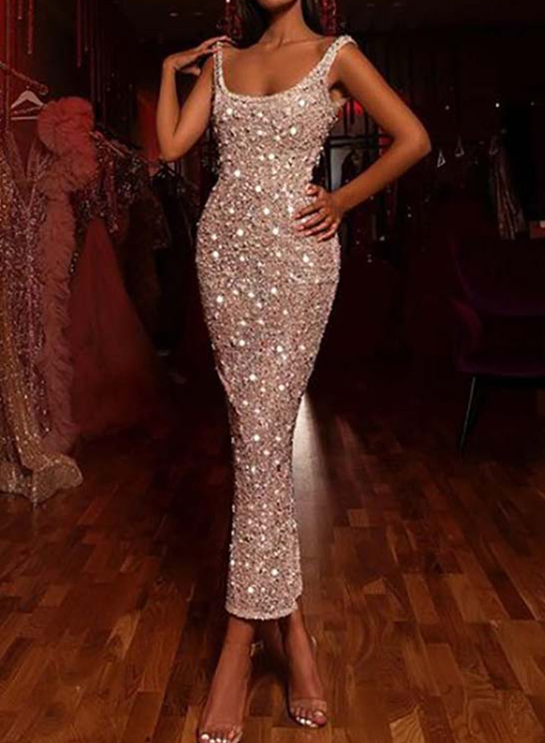 Low Neck Slim Sequined Dress