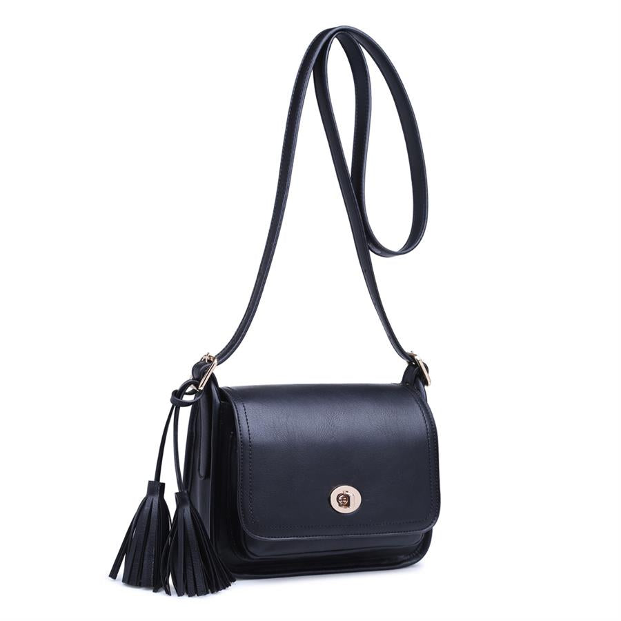 Urban Expressions Joanna Crossbody 840611129581 | Black