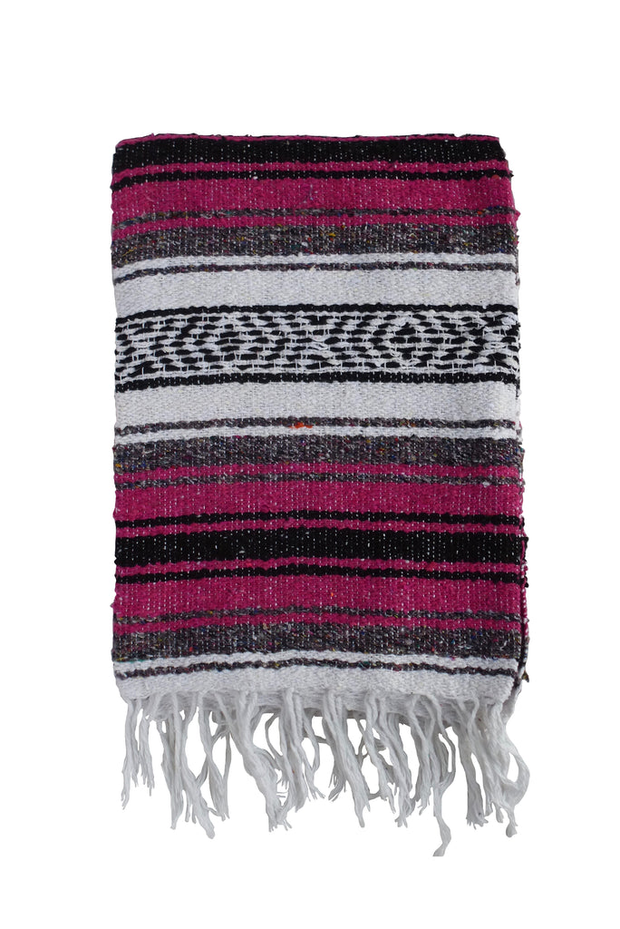 Brown La Cabaña Blanket - Magenta
