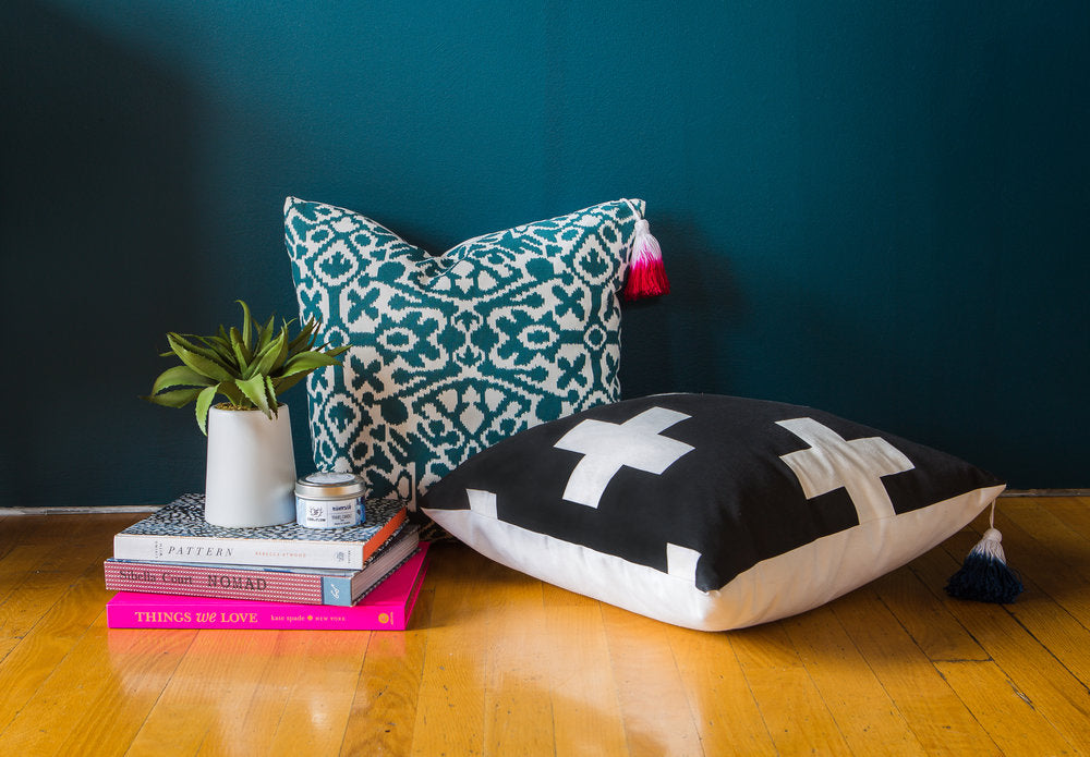 Dark Slate Gray La Cruz Pillow