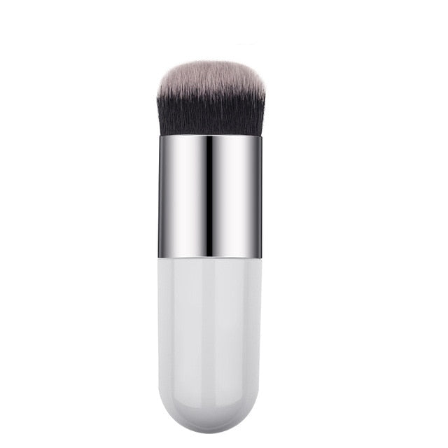 Professional Chubby Pier Foundation Brush - BeautyForTen