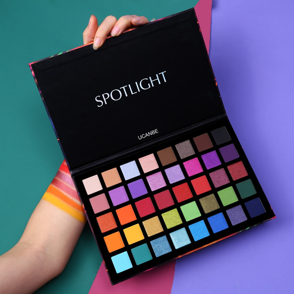 UCANBE Spotlight 40 Color Eye Shadow Palette - BeautyForTen
