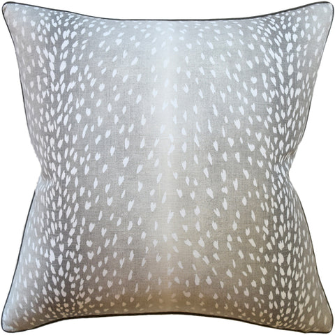Doe Pillow in Linen